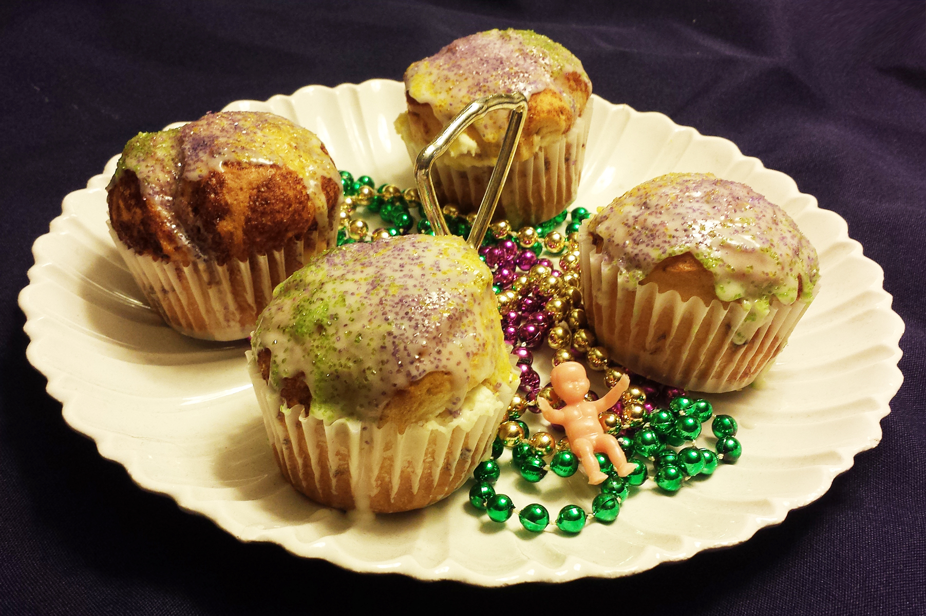 DIY Mardi Gras Series: Fast and Easy King Cake Cupcakes