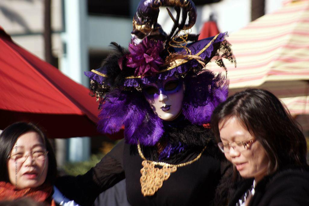 <center>Source: Long Beach Carnevale 2013</center>