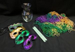 DIY Dollar Store Mardi Gras Centerpiece