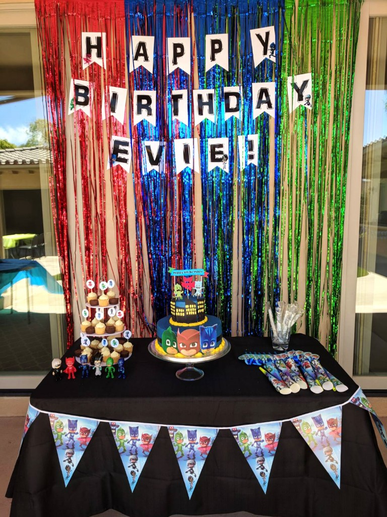 PJ Masks Birthday Party decorations ideas