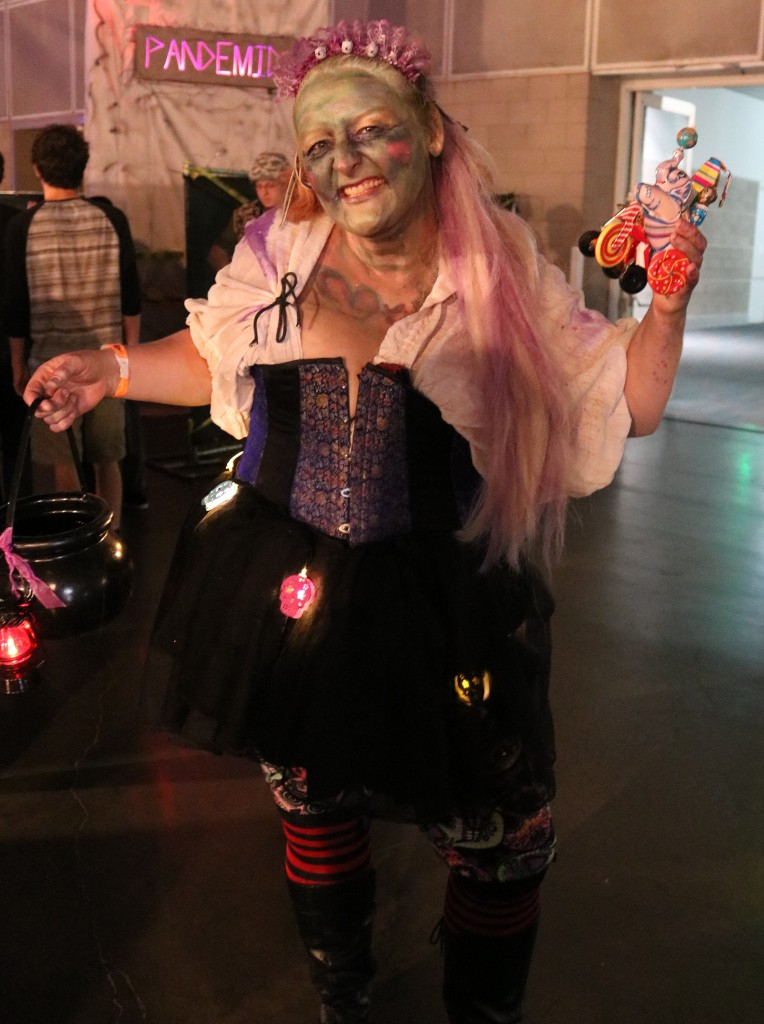 ScareLA Fun Witch