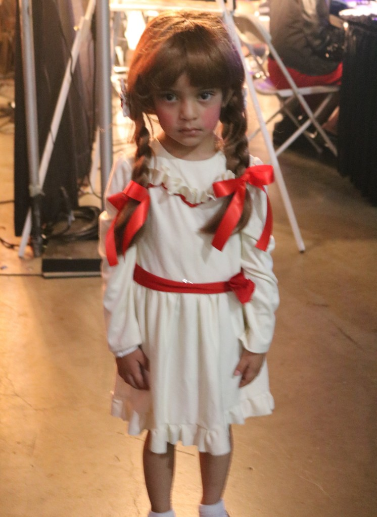 ScareLA 2018 Anabelle child costume