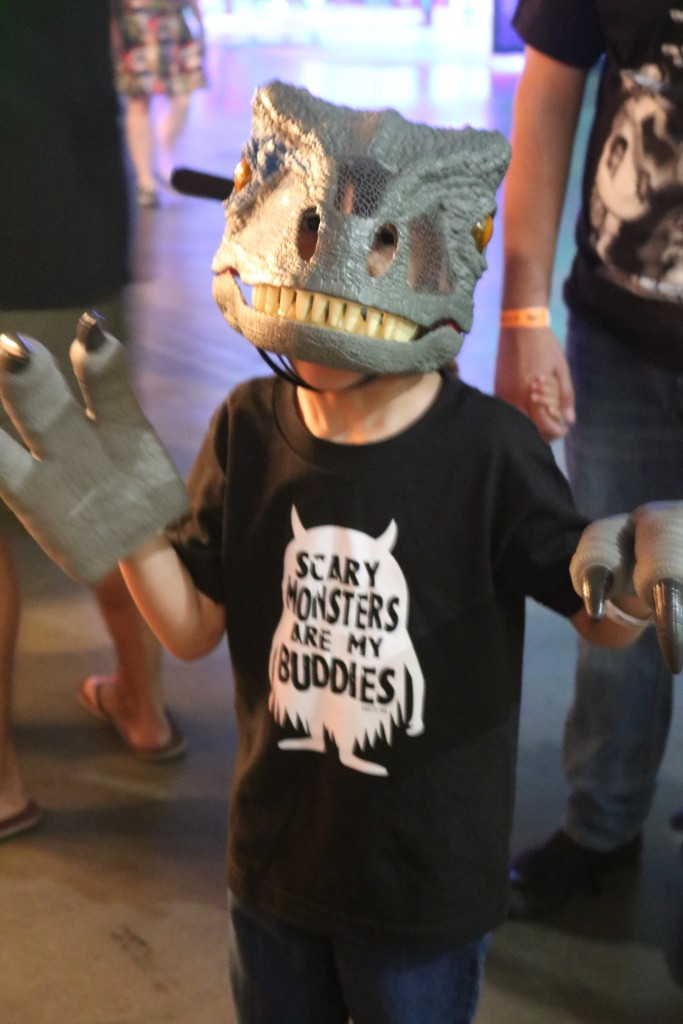 ScareLA 2018 Jurassic World child