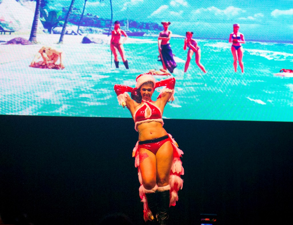 Anime Expo Street Fighter Ultimate Cosplay Showdown Carly Jones Holiday Laura Matsuda Winner
