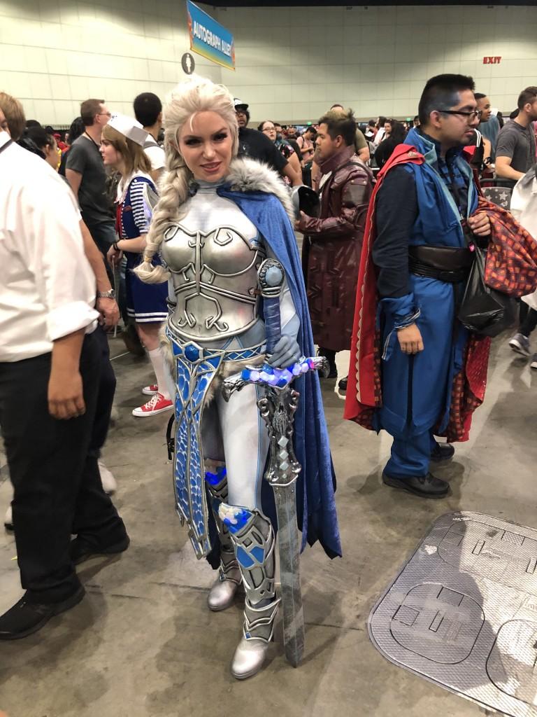 Los Angeles Comic Con Cosplay Recap armored Elsa