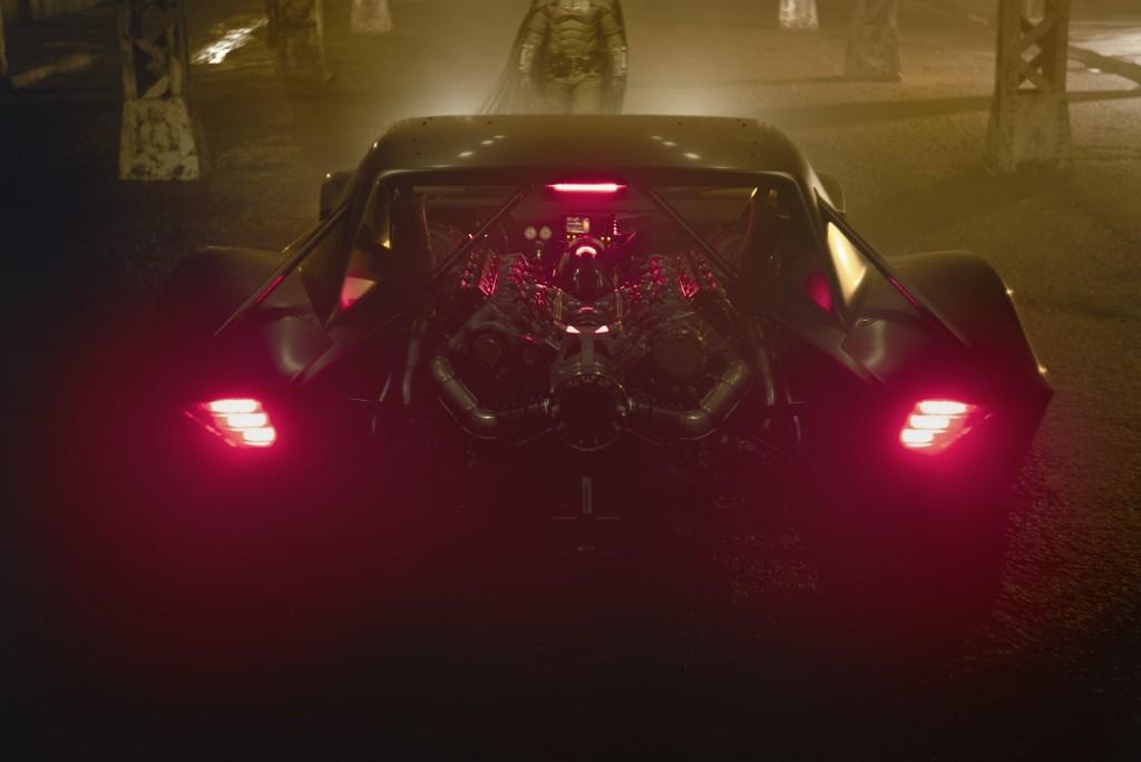 New Look Robert Pattinson Costume The Batman