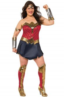 jl deluxe woman woman plus size costume - Size 26 Halloween Costumes